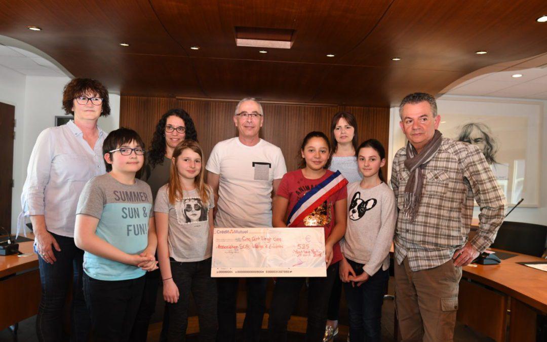 Remise de chèque à l'association SOS Village d'Enfants de Marange-Silvange